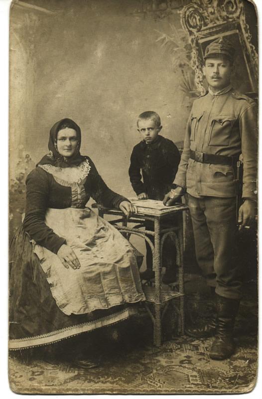 Rodina Františka P, 1917